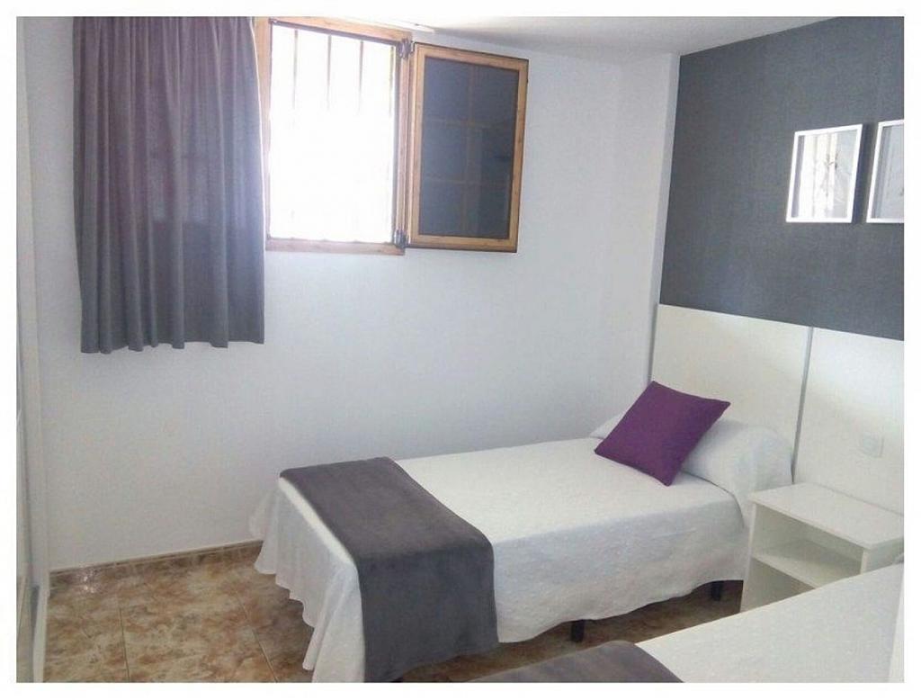 Piso en alquiler en calle De Gran Canaria, San Bartolomé de Tirajana - 359741436