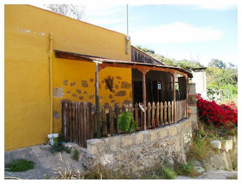 Casa en alquiler en calle De la Higuerilla, Tamaraceite-San Lorenzo en Palmas de Gran Canaria(Las) - 302298898