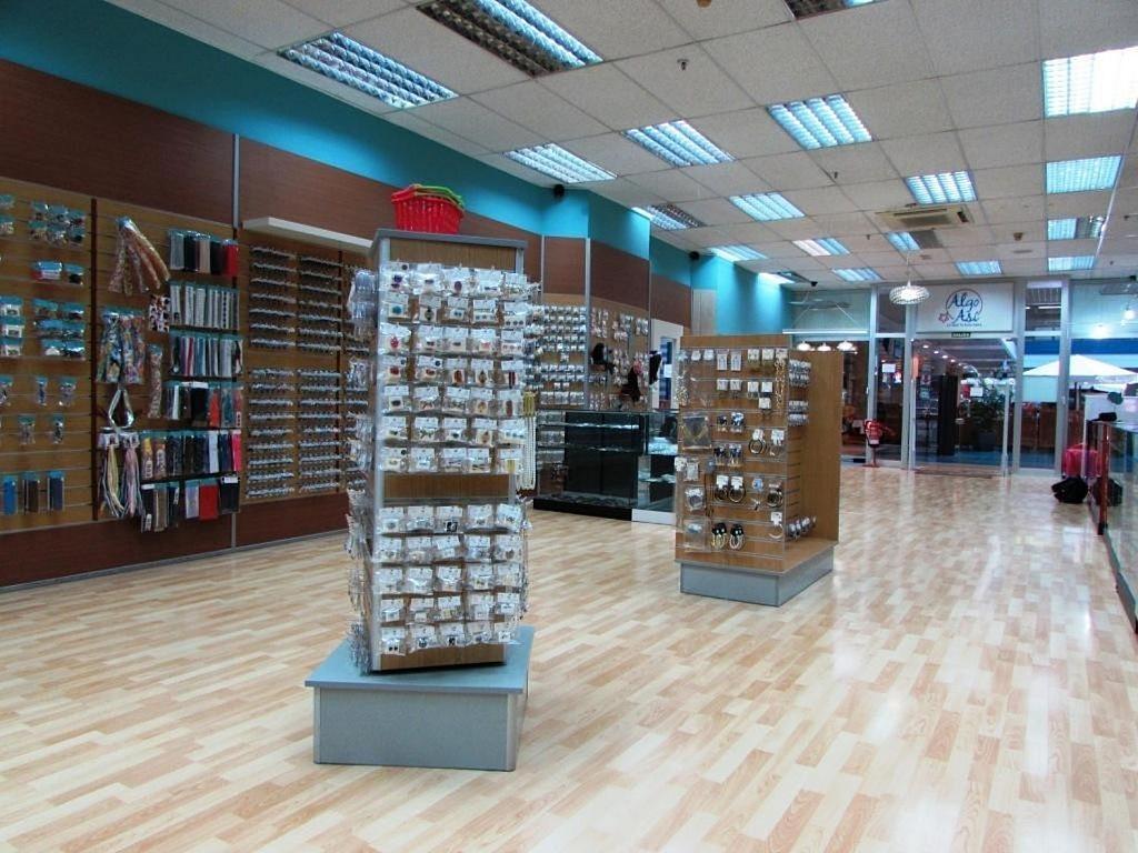 Local comercial en alquiler en calle Ciento Dieciocho, Añaza en Santa Cruz de Tenerife - 348669209
