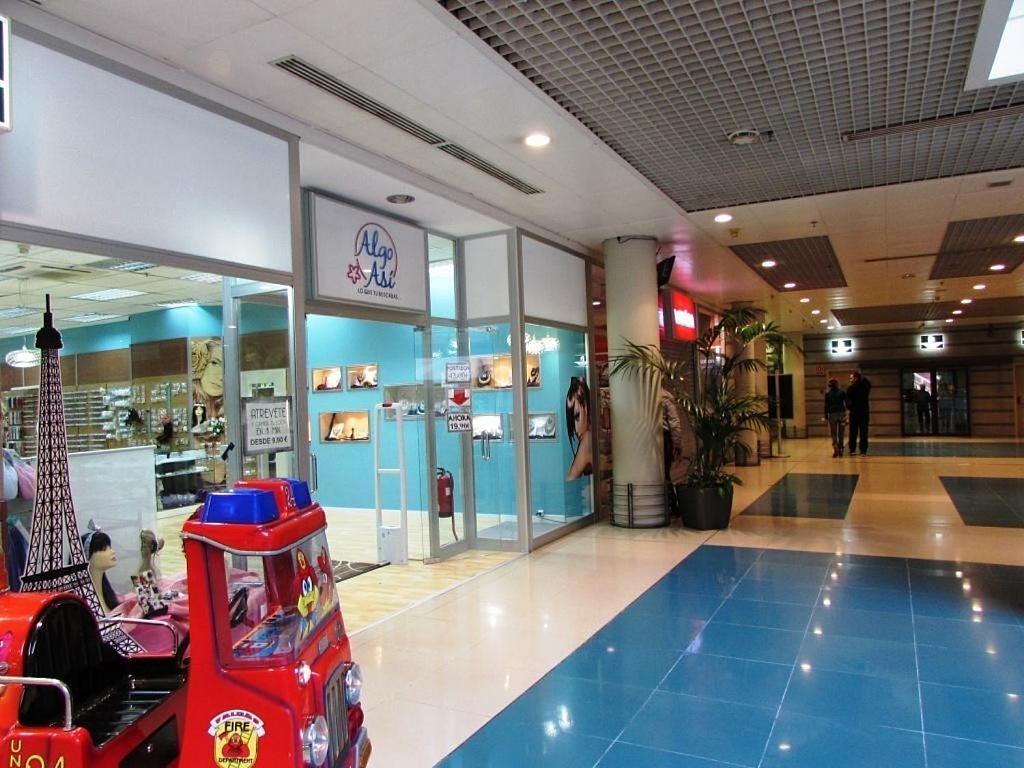 Local comercial en alquiler en calle Ciento Dieciocho, Añaza en Santa Cruz de Tenerife - 348669233