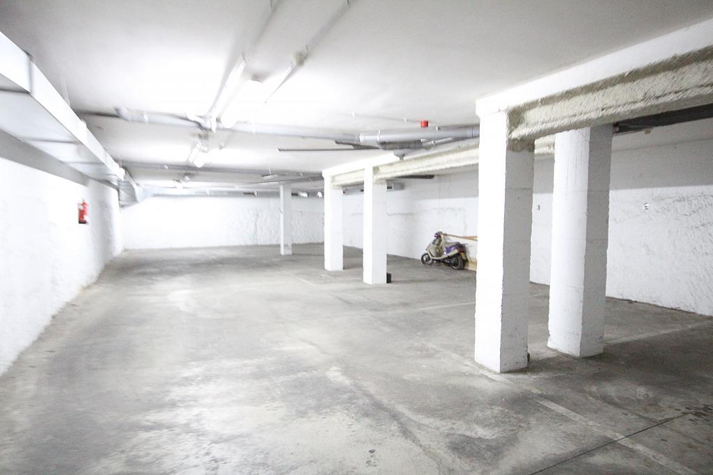 Parking en alquiler en calle Garraf, Centre en Vilanova i La Geltrú - 311236585