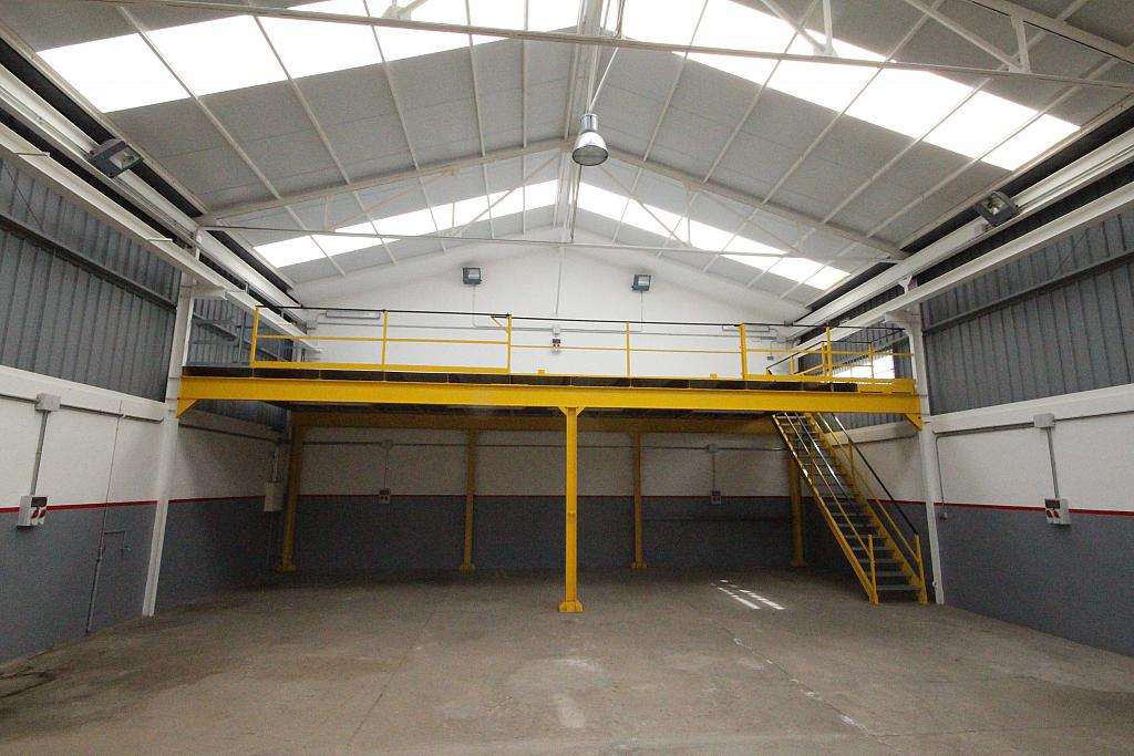 Nave industrial en alquiler en calle La Fita, La bóvila en Vilanova i La Geltrú - 313864596