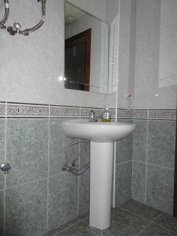 Baño - Local comercial en alquiler opción compra en calle Villaverde y Enrique II, Pola de Siero - 281447856