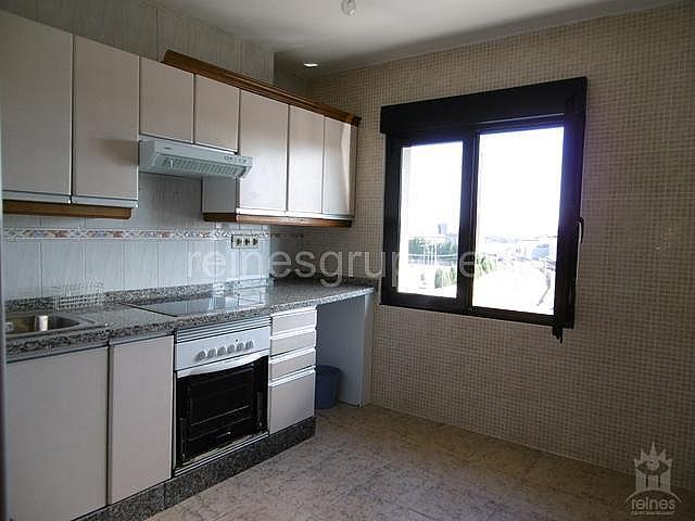 Piso en alquiler en calle Conde Santa Barbara, Lugones - 321680556