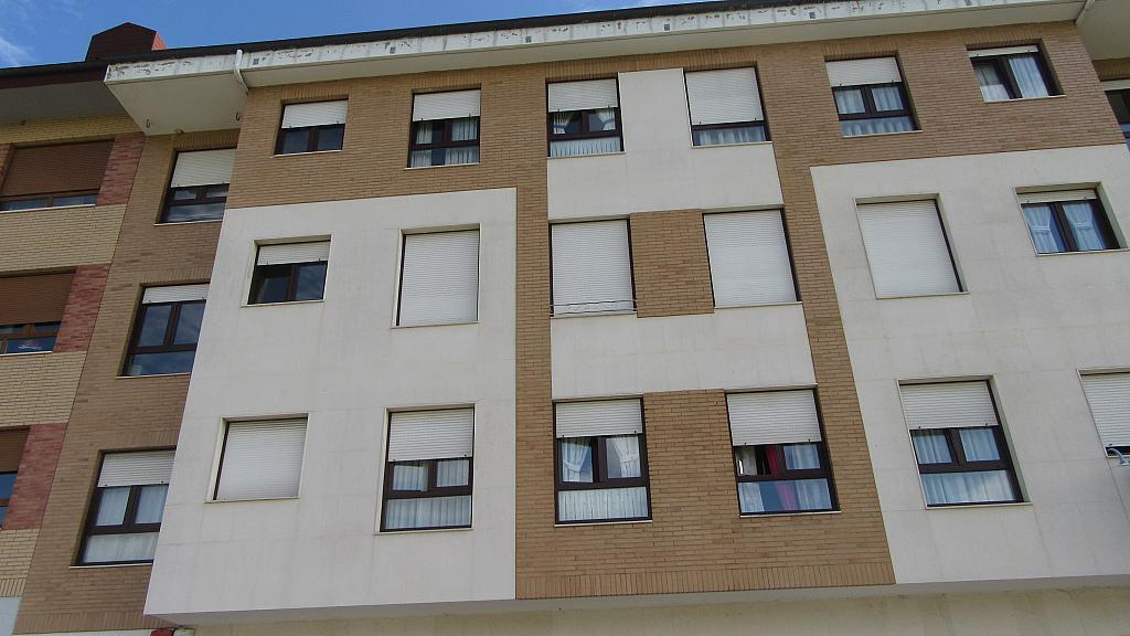 Fachada - Piso en alquiler en calle Rafael Alberti, Llanera - 331321777