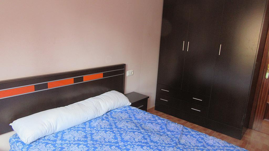 Dormitorio - Piso en alquiler en calle Jose Manuel Bobes, Lugo de llanera - 331323295