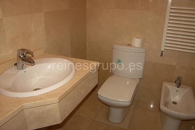 Baño - Piso en alquiler en calle Hermanos Felgueroso, Pola de Siero - 193760321