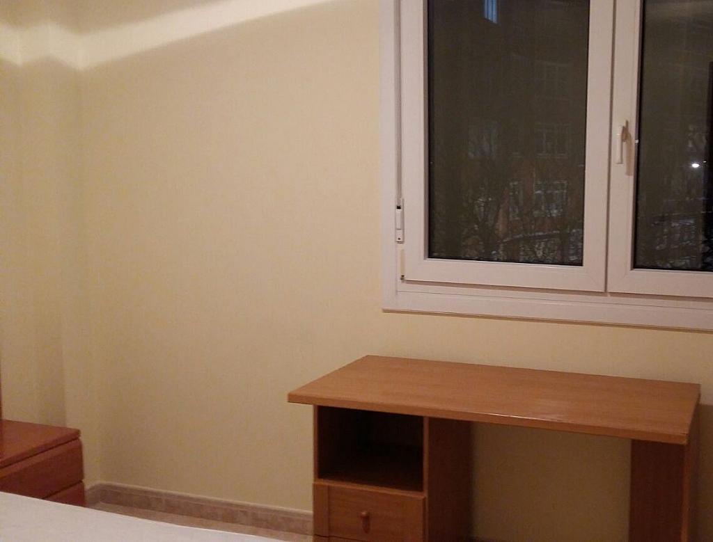 Piso en alquiler en barrio Manuel Murguia, Riazor-Labañou-Los Rosales en Coruña (A) - 303863899