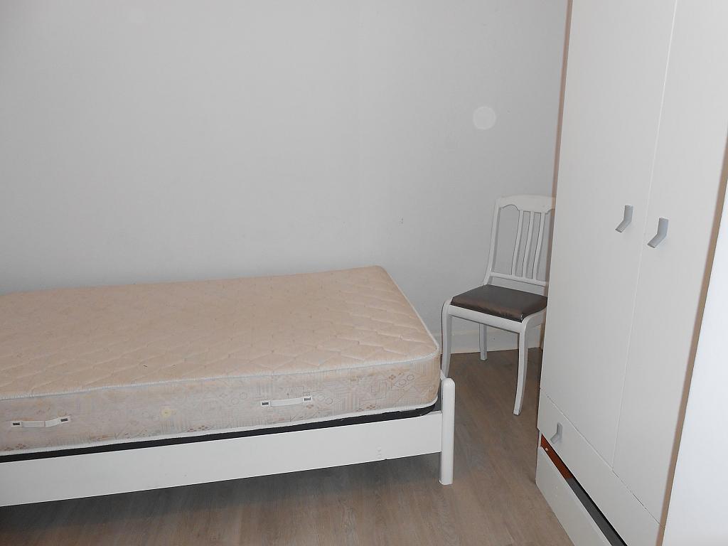 Piso en alquiler en barrio Vereda Polvorin, Monte Alto-Zalaeta-Atocha en Coruña (A) - 313272135