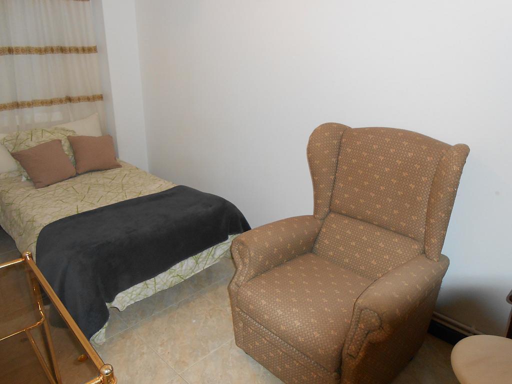 Piso en alquiler en barrio Rosalia de Castro, Centro-Juan Florez en Coruña (A) - 324867481