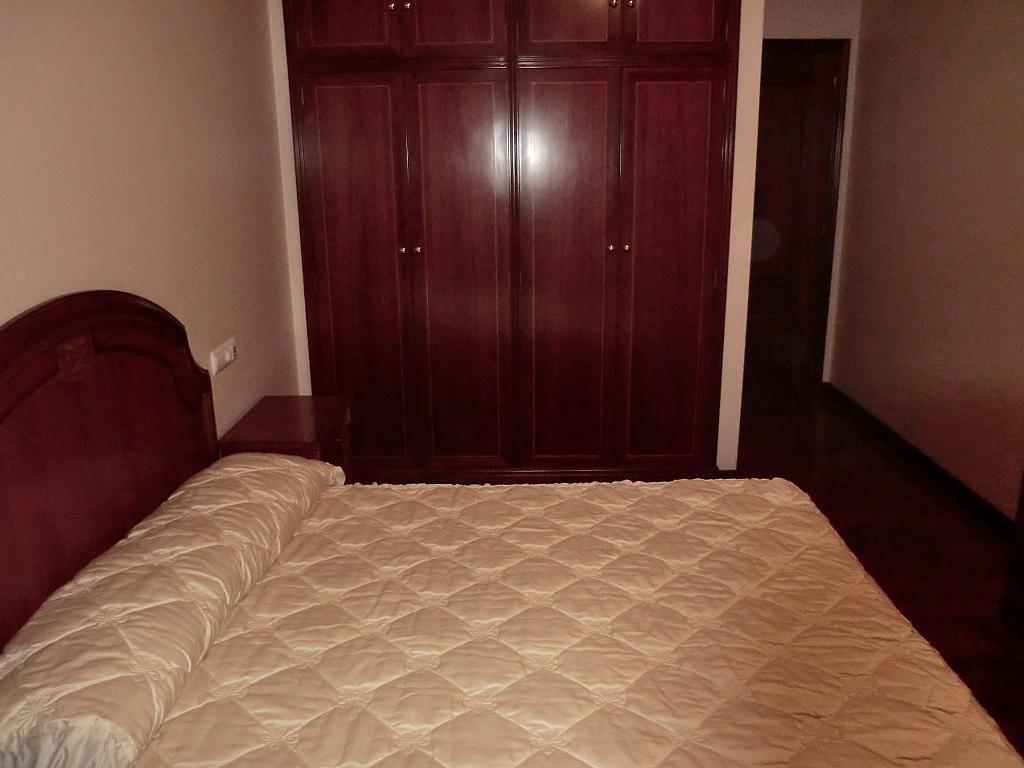 Apartamento en alquiler en barrio San Luis, Os Mallos-San Cristóbal en Coruña (A) - 327640081