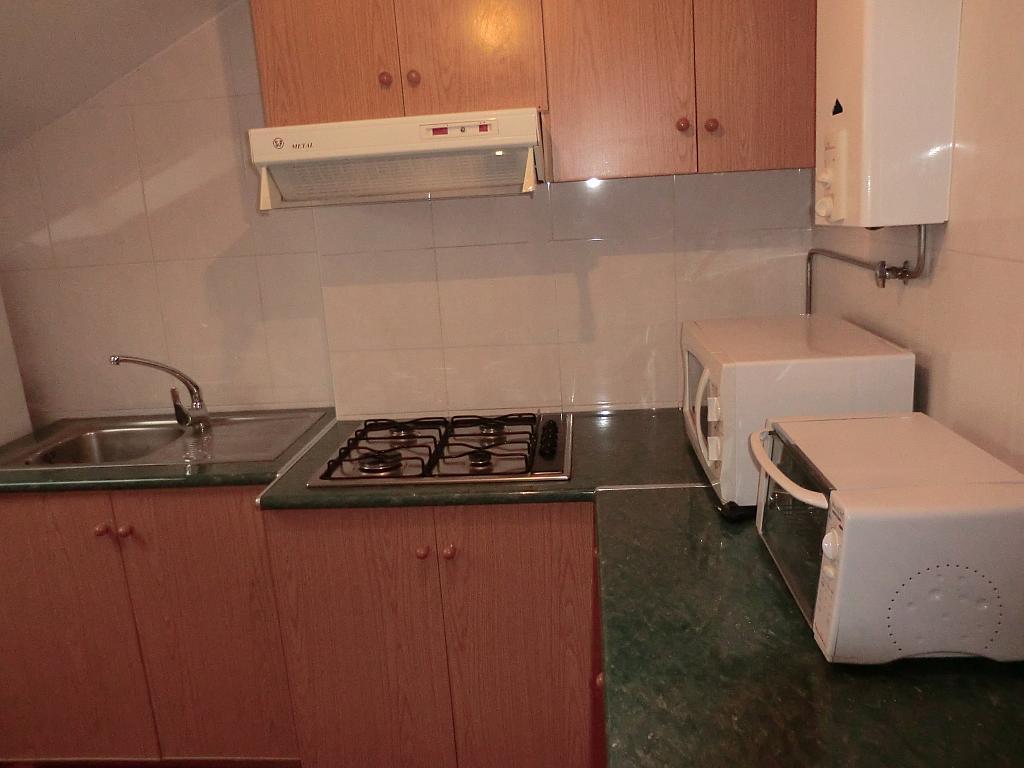 Piso en alquiler en barrio Vereda Polvorin, Monte Alto-Zalaeta-Atocha en Coruña (A) - 329908404