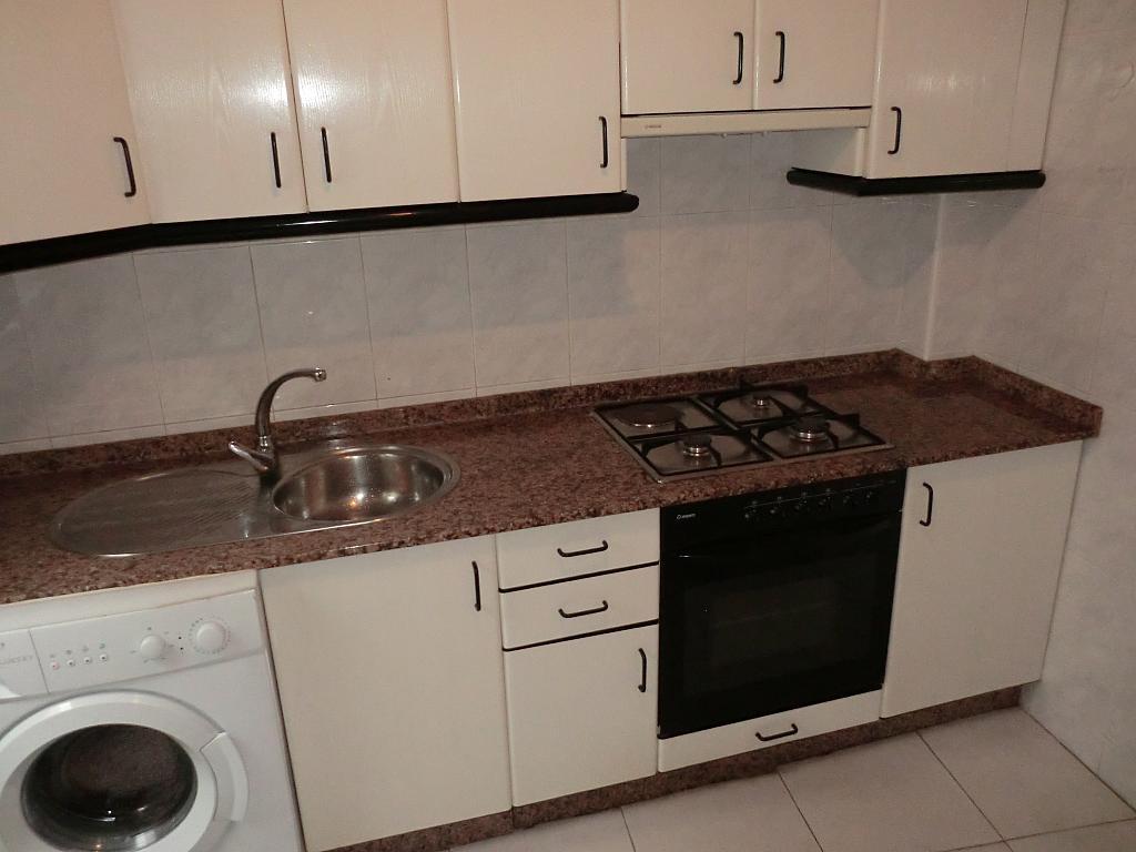 Piso en alquiler en barrio San Andres, Ensanche en Coruña (A) - 331023954