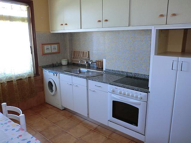 Piso en alquiler en barrio Fariña Ferreño, Los Castros-Castrillón-Eiris en Coruña (A) - 331312570