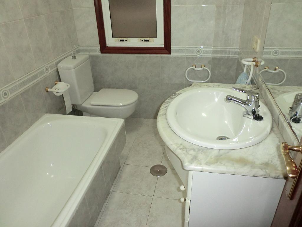 Piso en alquiler en barrio Panaderas, Monte Alto-Zalaeta-Atocha en Coruña (A) - 331321591