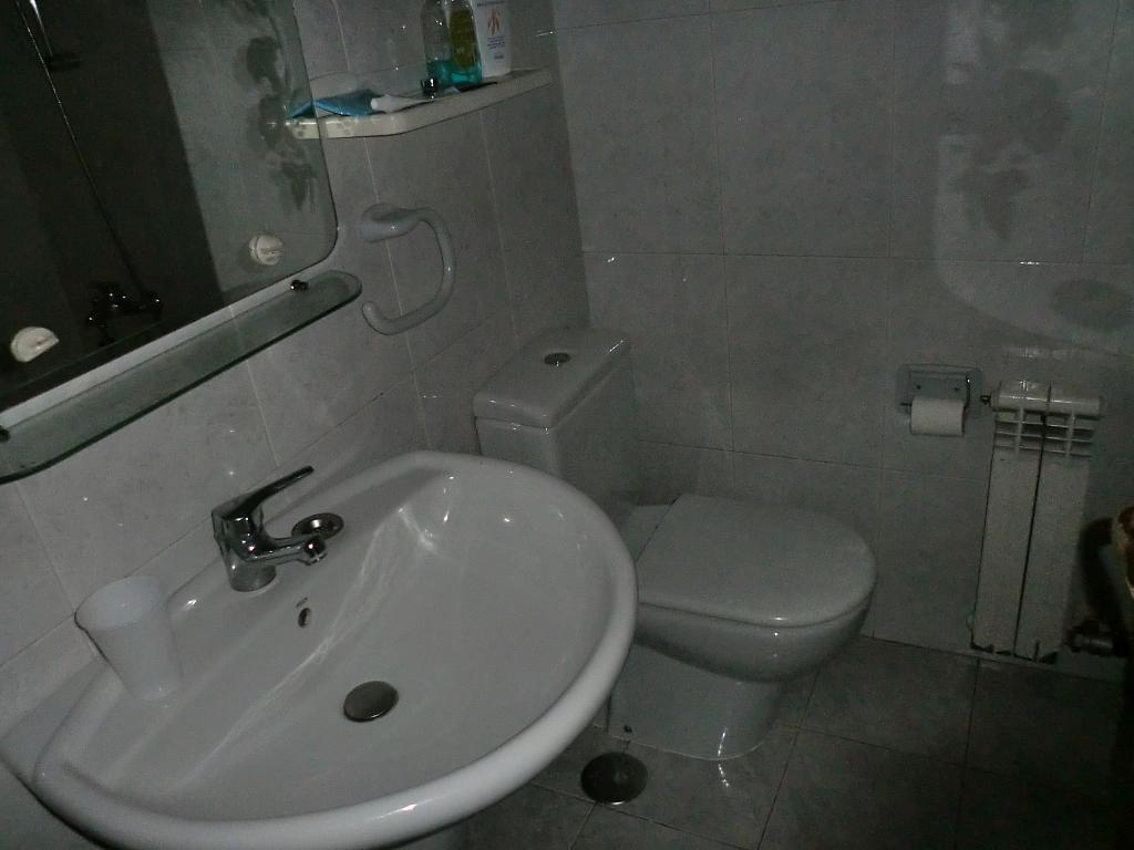 Apartamento en alquiler en barrio Alfonso Rodriguez Castelao, Riazor-Labañou-Los Rosales en Coruña (A) - 332691621