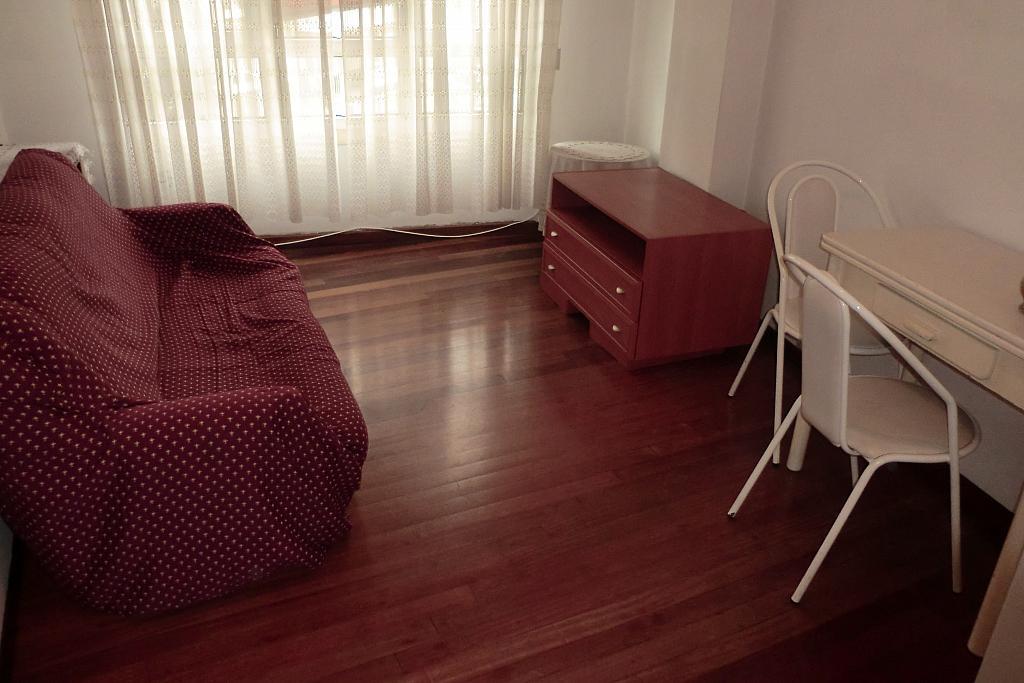 Piso en alquiler en barrio Alcalde Marchesi, Cuatro Caminos-Plaza de la Cubela en Coruña (A) - 343464543