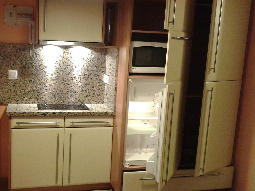 Apartamento en alquiler en barrio Villa de Negreira, Agra del Orzan-Ventorrillo en Coruña (A) - 344304476