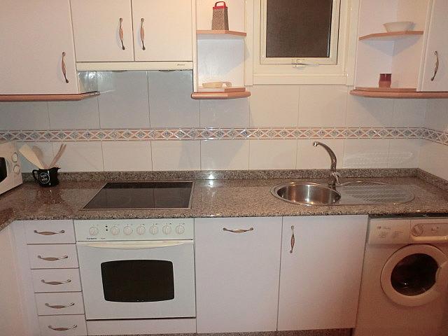 Piso en alquiler en barrio Zalaeta, Monte Alto-Zalaeta-Atocha en Coruña (A) - 370322742