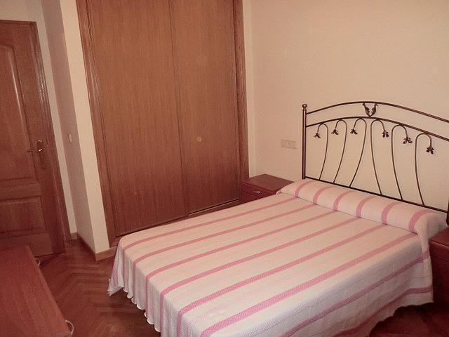 Piso en alquiler en barrio Zalaeta, Monte Alto-Zalaeta-Atocha en Coruña (A) - 370322747