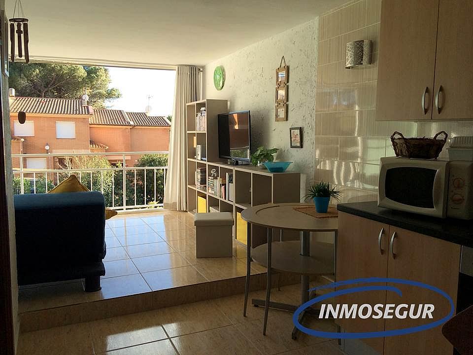 Salón - Apartamento en venta en calle Punta del Cavall, Cap salou en Salou - 249324375