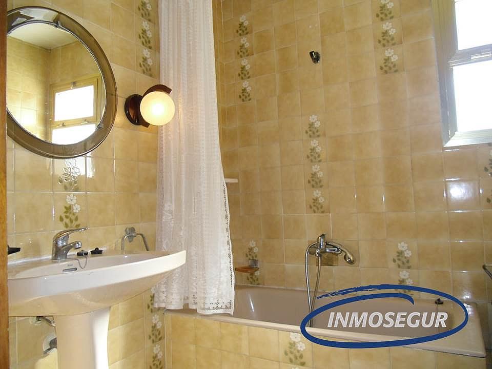 Baño - Apartamento en venta en calle Verge del Pilar, Paseig jaume en Salou - 264824931