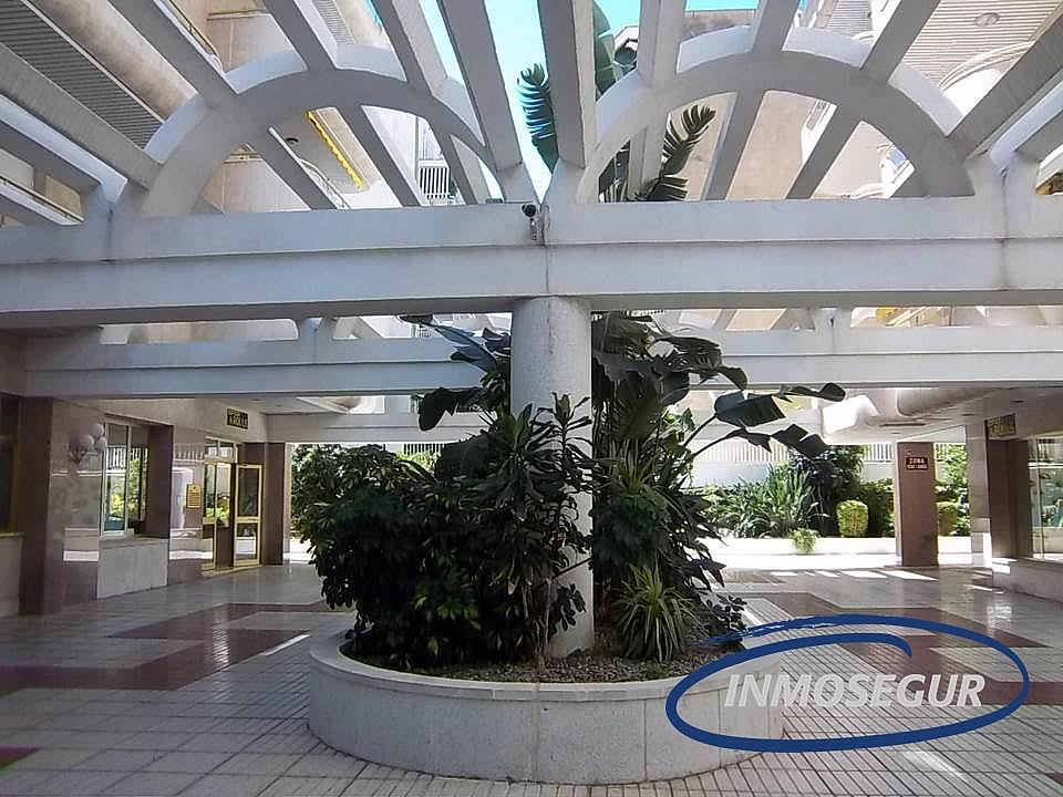 Zonas comunes - Apartamento en venta en calle Carles Buigas, Capellans o acantilados en Salou - 266098107