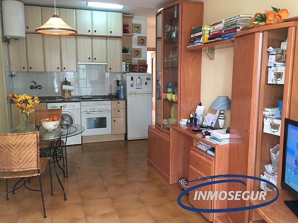 Salón - Apartamento en venta en calle Barcelona, Poble en Salou - 275513257