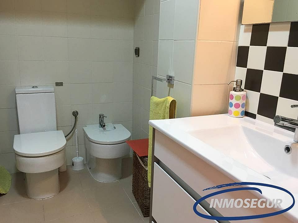 Baño - Apartamento en venta en calle Muntanyals, Pineda, La - 286241265