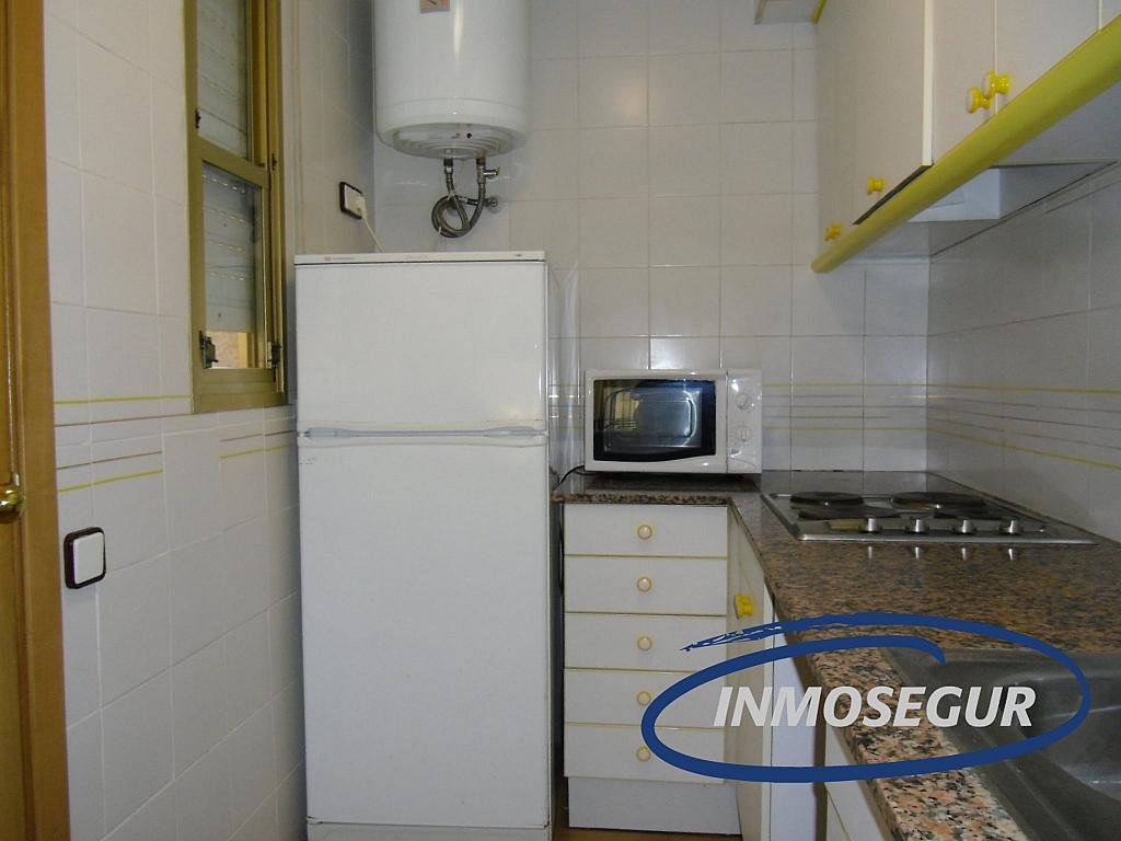 Cocina - Apartamento en venta en calle Murillo, Capellans o acantilados en Salou - 331318449