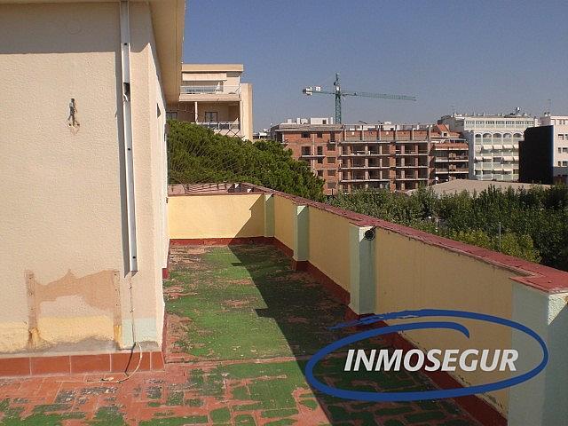 Terraza - Ático en alquiler en calle Passeig Miramar, Salou - 376114847