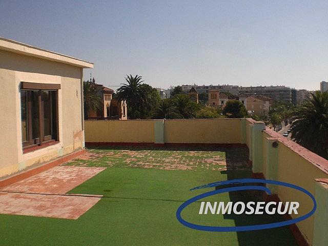 Terraza - Ático en alquiler en calle Passeig Miramar, Salou - 376114861