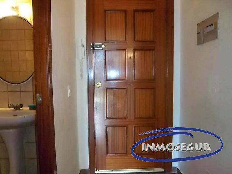 Vestíbulo - Apartamento en venta en calle Batlle Pere Molas, Plaça europa en Salou - 121090373
