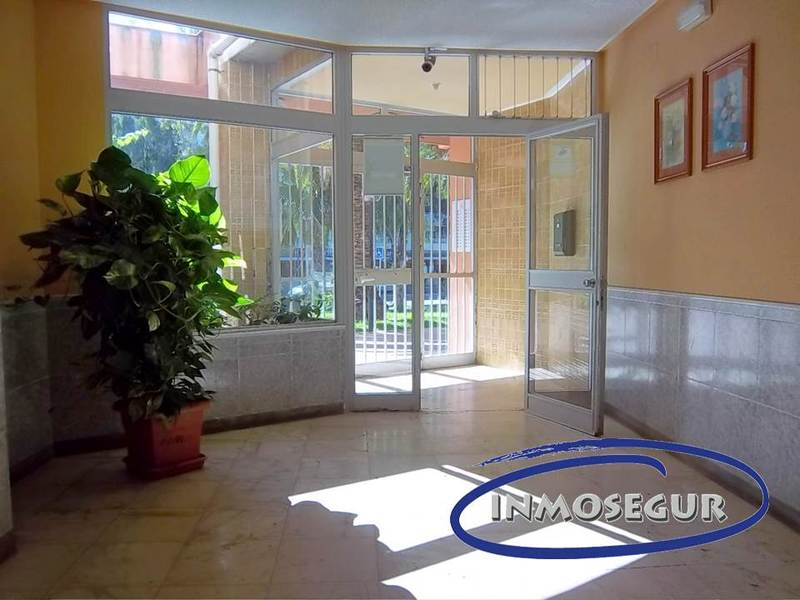 Vestíbulo - Apartamento en venta en calle Batlle Pere Molas, Plaça europa en Salou - 121090383