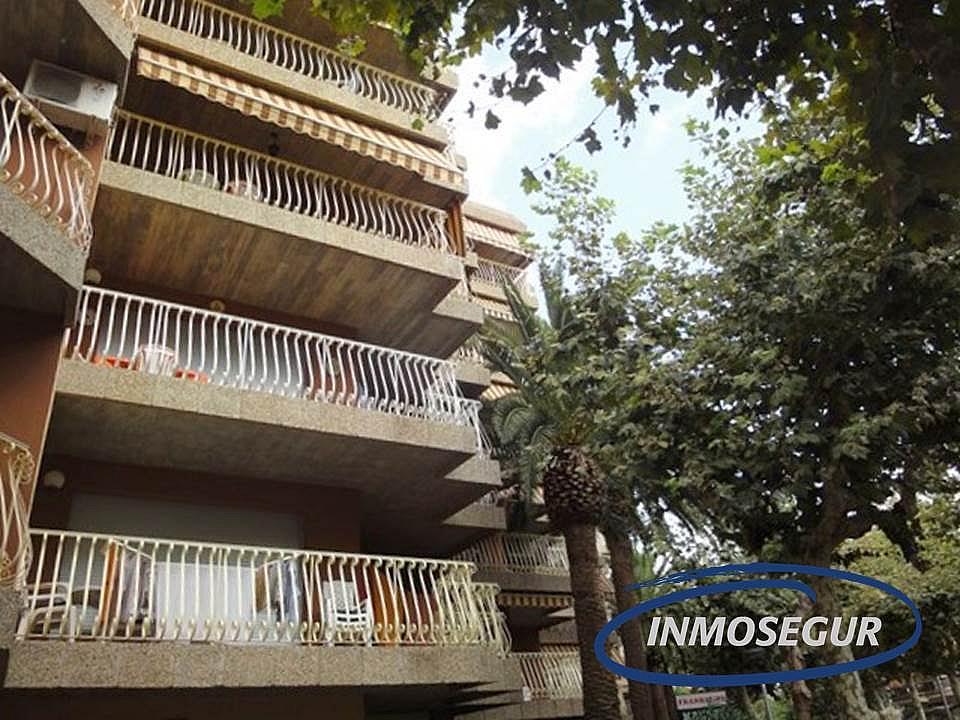 Fachada - Apartamento en venta en calle Carles Riba, Paseig jaume en Salou - 151319373