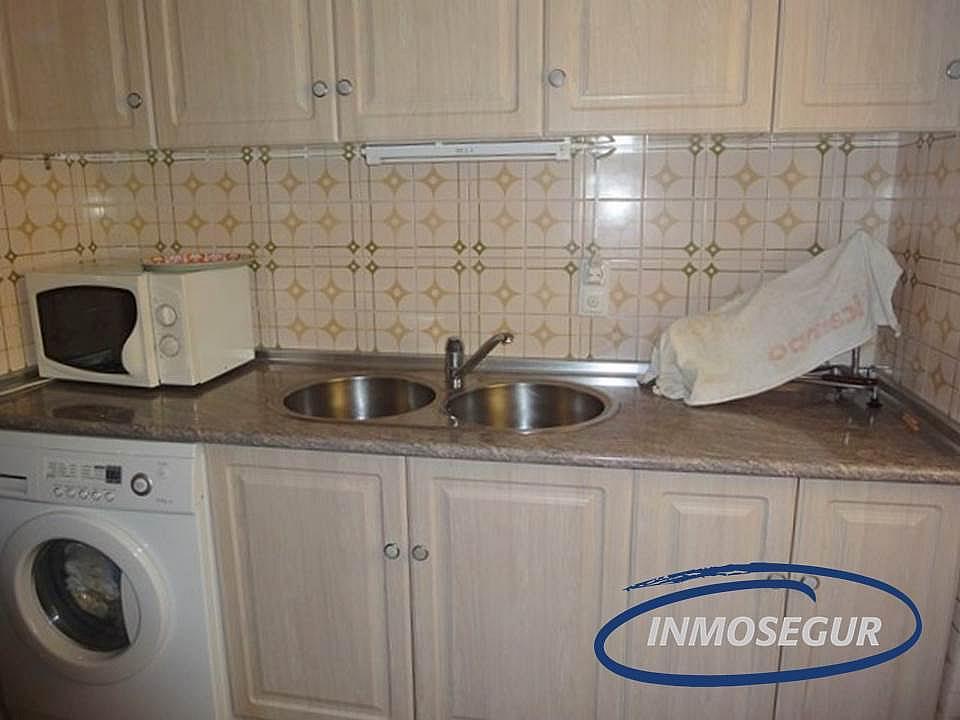 Cocina - Apartamento en venta en calle Carles Riba, Paseig jaume en Salou - 151319377