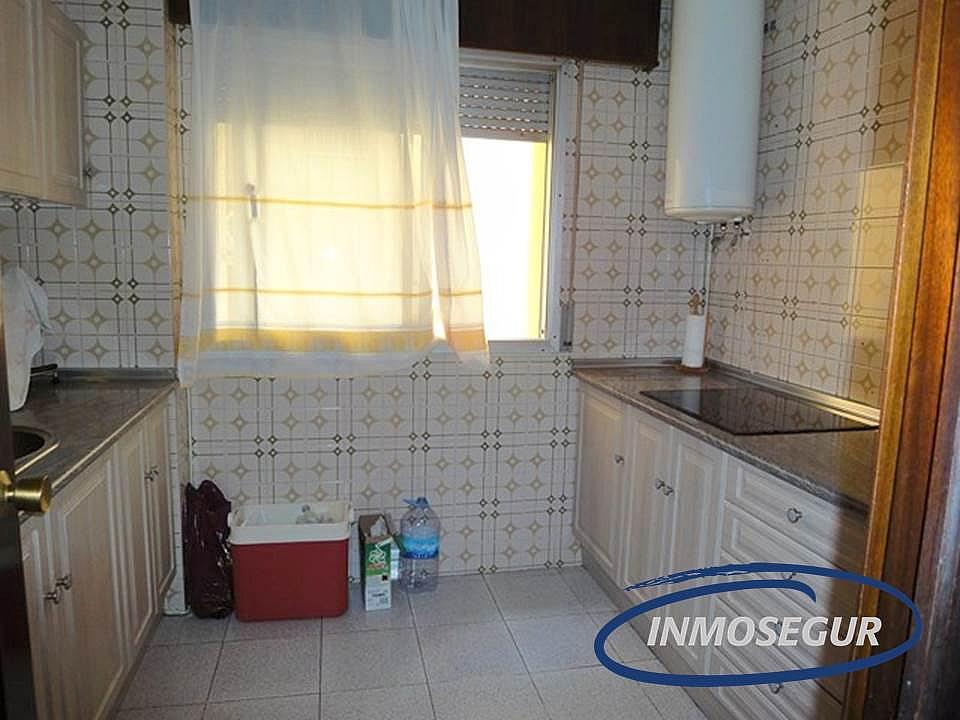 Cocina - Apartamento en venta en calle Carles Riba, Paseig jaume en Salou - 151319379