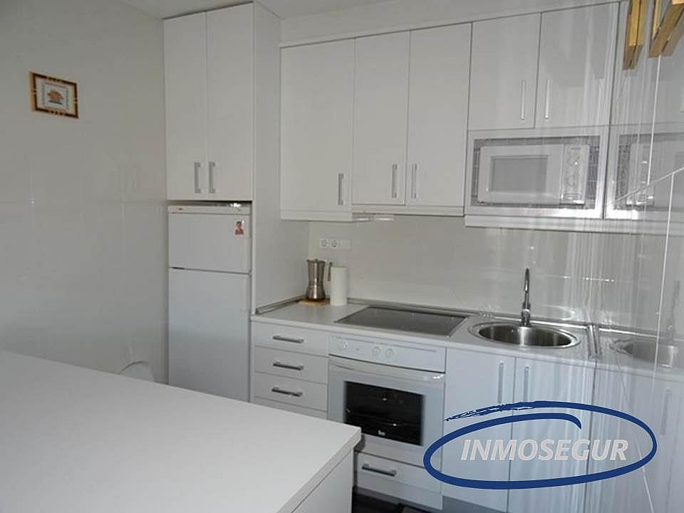 Cocina - Apartamento en venta en calle Barbastro, Paseig jaume en Salou - 178308497