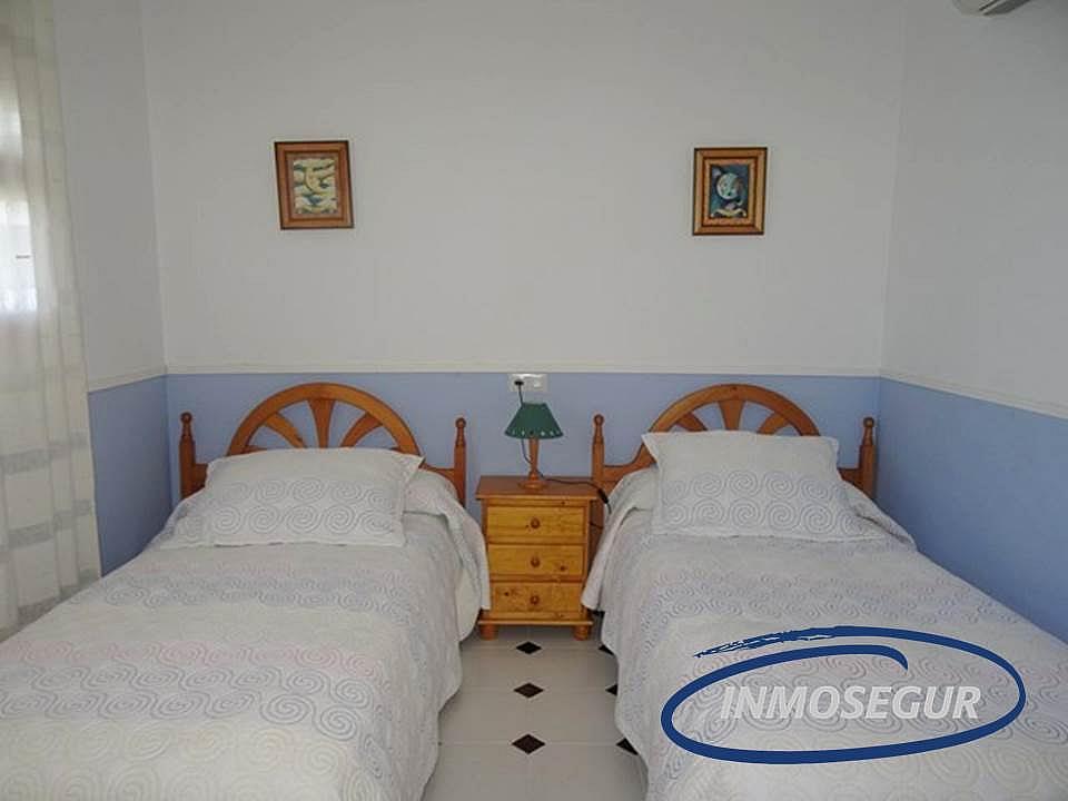 Dormitorio - Apartamento en venta en calle Barbastro, Paseig jaume en Salou - 178308534