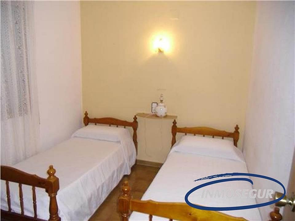 Dormitorio - Apartamento en venta en calle Barbastro, Capellans o acantilados en Salou - 197461956
