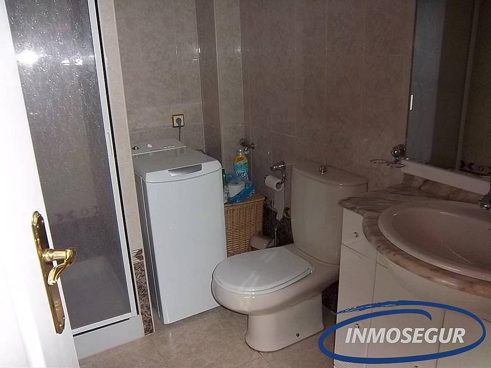 Baño - Casa adosada en alquiler en calle Rifa, Mont-Roig del Camp - 213038690