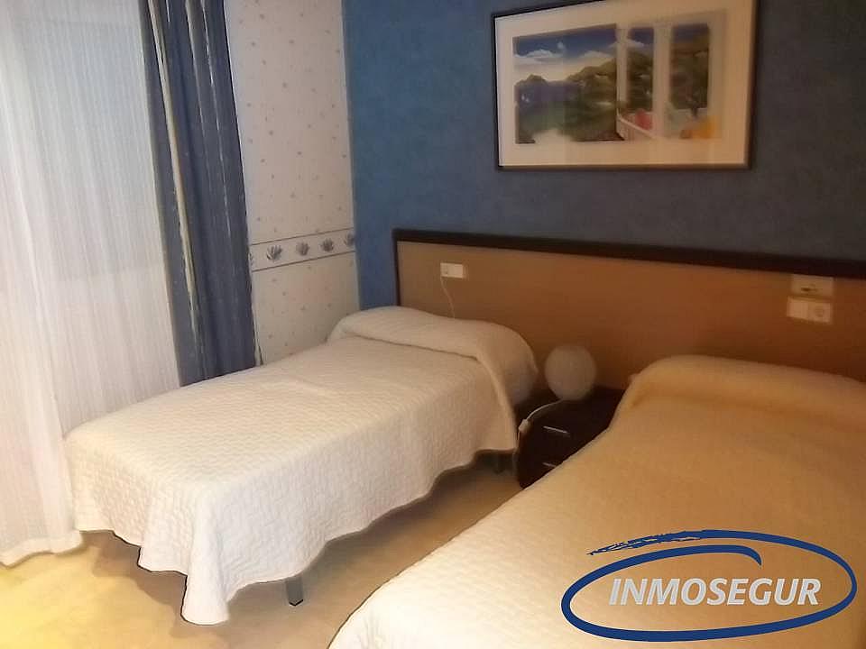Dormitorio - Casa adosada en alquiler en calle Rifa, Mont-Roig del Camp - 213038691
