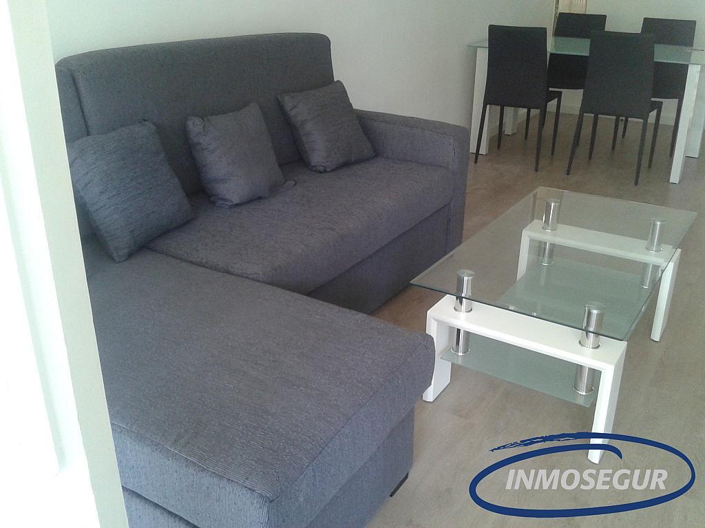 Salón - Apartamento en alquiler en carretera Del Far, Cap salou en Salou - 329576894