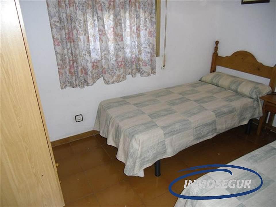 Dormitorio - Apartamento en venta en calle Barbastro, Capellans o acantilados en Salou - 232184001