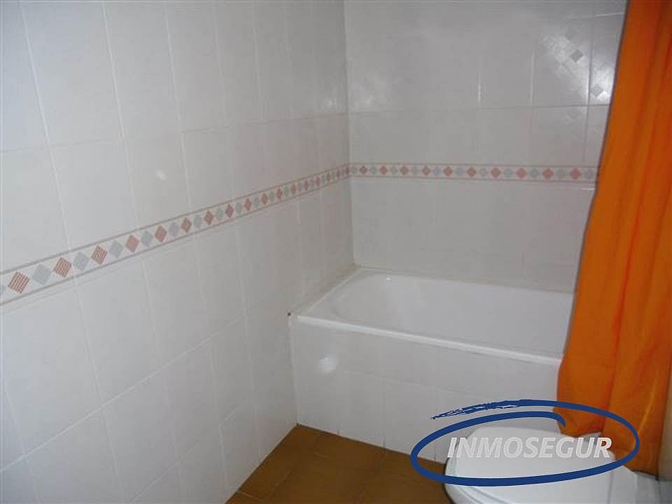 Baño - Apartamento en venta en calle Barbastro, Capellans o acantilados en Salou - 232184008