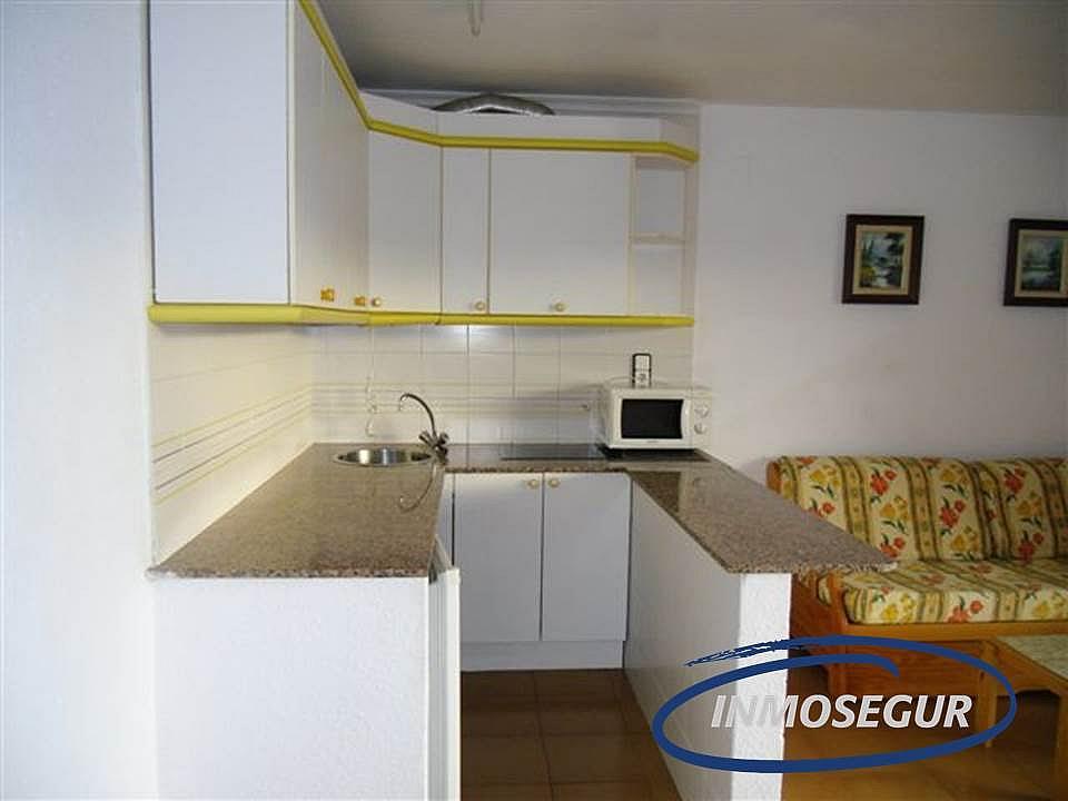 Cocina - Apartamento en venta en calle Barbastro, Capellans o acantilados en Salou - 232184012