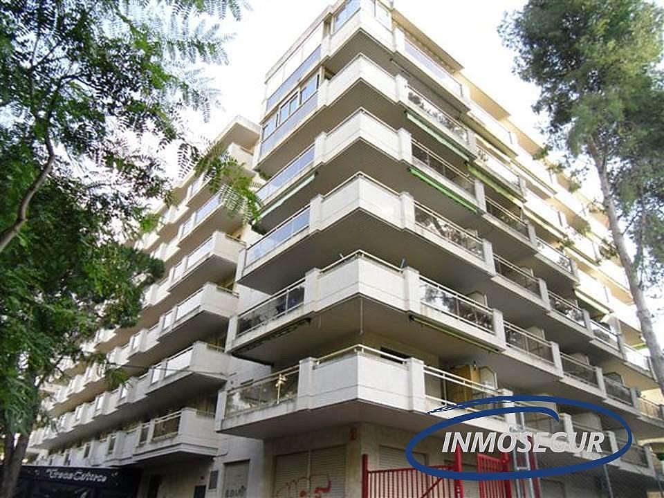 Fachada - Apartamento en venta en calle Barbastro, Capellans o acantilados en Salou - 232184061