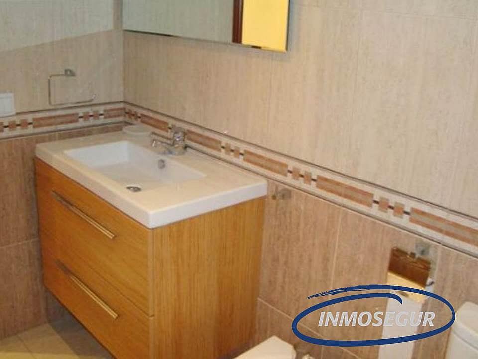 Baño - Apartamento en venta en calle Montblanc, Capellans o acantilados en Salou - 232485354