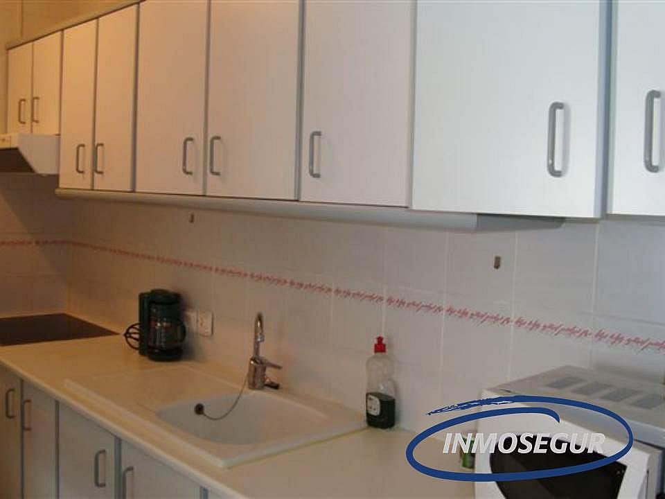 Cocina - Apartamento en venta en calle Montblanc, Capellans o acantilados en Salou - 232485360
