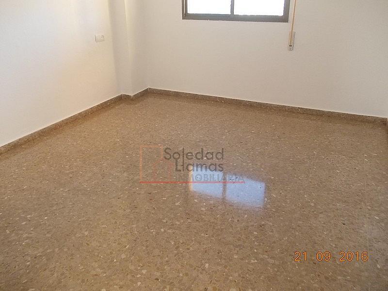 Dormitorio - Piso en alquiler en calle M Auxiliadora, Rota - 323486338